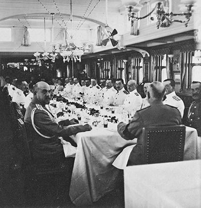 Обеденный салон императорской яхты «Штандарт», 1910-11 годы.