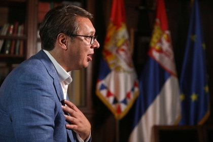 Президент Сербии попросит поддержки Путина после обострения на границе с Косово