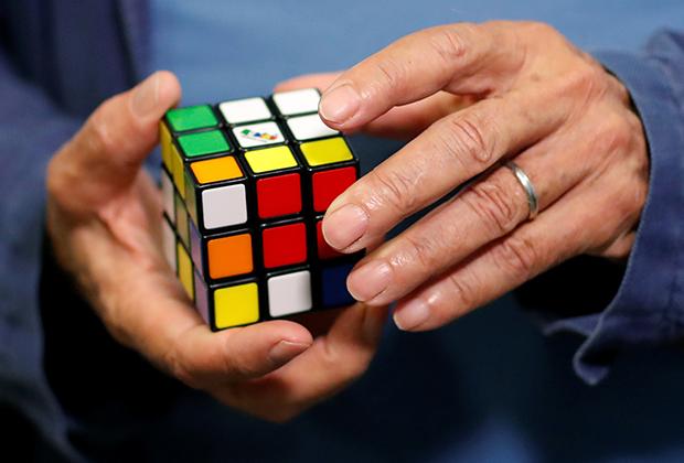 Кубик в руках Рубика