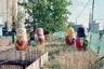 Существует теория о том, что нация не развивается, если не придумывает новые игрушки. Казалось, что матрешка была всегда — настолько крепко эта простая, яркая и универсальная игрушка в массовом сознании ассоциируется с древностью. Однако матрешка появилась только во второй половине XIX века, и не в качестве реальной детской игрушки, а в качестве образца «русского стиля», вошедшего в моду на фоне бурного экономического развития России тех лет и роста самосознания. Матрешка — гениальная стилизация под «русское», придуманная Сергеем Малютиным.   <br> <br>  В 2000-х годах матрешку пытались вписать в городское пространство Москвы и сделать одним из атрибутов городской культуры. Гигантских матрешек устанавливали в разных районах столицы. Однако расписная кукла в каменных джунглях не прижилась.