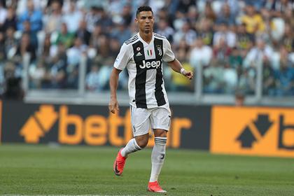 Обвиненный в изнасиловании Роналду остался без места в сборной