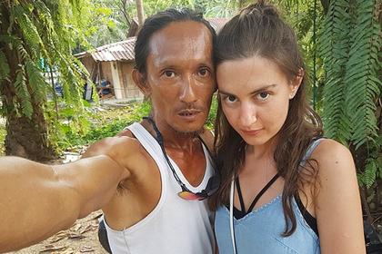 Таец заманил российскую туристку в свою пещеру и похвастался этим миру