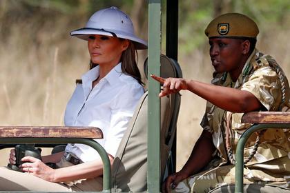 Мелания Трамп приехала в Африку в костюме рабовладельца