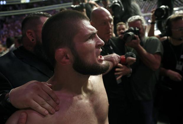 Хабиб Нурмагомедов после победы над Конором Макгрегором