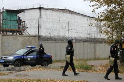 Заключенные в омской колонии устроили массовую драку