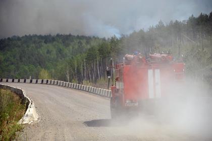 На тушение пивного магазина в Самаре прибыли 33 пожарных