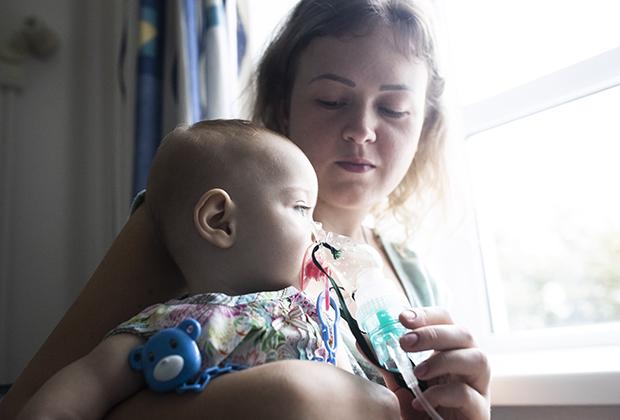 Саша с мамой