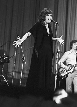 Алла Пугачева на XI Международном конкурсе эстрадной песни «Золотой Орфей» в Болгарии в 1975 году