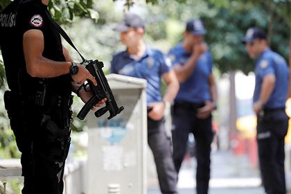 Заподозренных в связях с ИГ россиян задержали в Турции