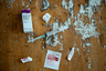 Одним из самых больших препятствий на пути к смене пола была стоимость медикаментов. Медицинская страховка покрывала далеко не все расходы, и Масси не всегда удавалось найти тестостерон по приемлемой цене. Каждый месяц он платил за него около 110 долларов (около 6,6 тысячи рублей), а за семь лет потратил на гормональную терапию 9240 долларов (около 612 тысяч рублей).