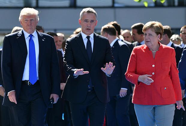 Дональд Трамп, Йенс Столтенберг и Ангела Меркель