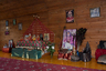 Ежедневно утром и вечером в ашраме проходят службы, присутствовать на которых могут все желающие, независимо от вероисповедания.