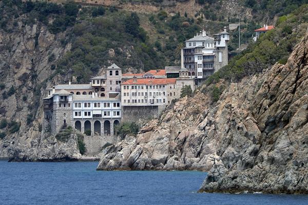 Один из двадцати мужских православных монастырей на Святой горе Афон