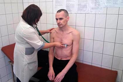 Голодовка довела Олега Сенцова до реанимации