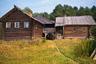 Дом Болознева первым встречает гостей в деревне Зехнова. Администрация парка решила отреставрировать его и превратить в традиционное сельское подворье для туристов.