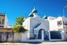 В 1920 году в тунисский порт Бизерта пришли 35 русских военных кораблей, которые отказались служить большевикам. Вместе с ними прибыли и 13 священников. Первое время православную церковь основали прямо на корабле, затем перенесли ее в одну из съемных квартир, а в 1938 году, наконец, освятили. С обретением Тунисом независимости русская община в Бизерте почти исчезла, и постоянные богослужения в храме прекратились. Церковная жизнь восстановилась только в конце 1980-х.