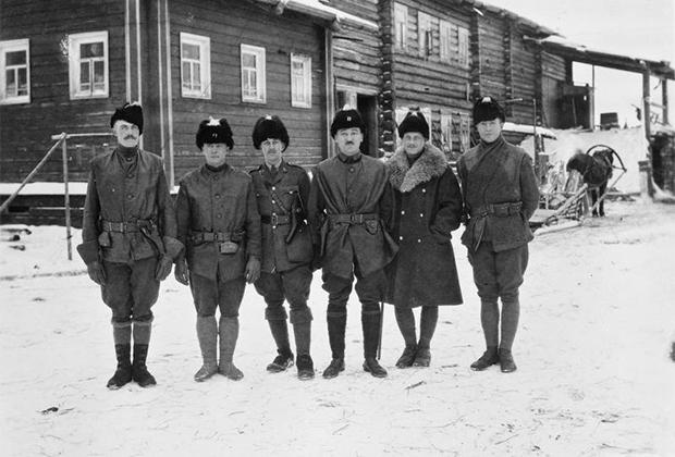 Командиры и начальники штабов союзнической военной миссии в Сибири. Владивосток, 1918-1919 годы