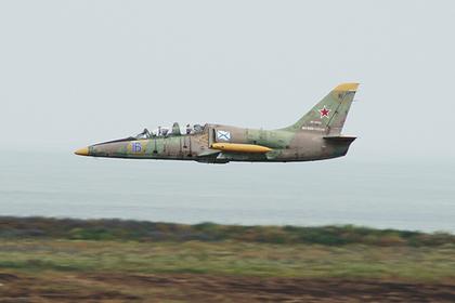 Учебный самолет МинобороныРФ Л-39 упал вАзовском море