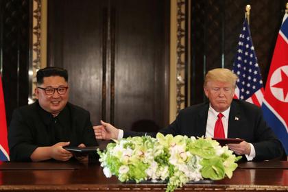 Трамп похвастался «любовными посланиями» Ким Чен Ына