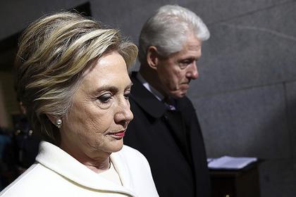 Биллу и Хиллари Клинтон прислали взрывное устройство