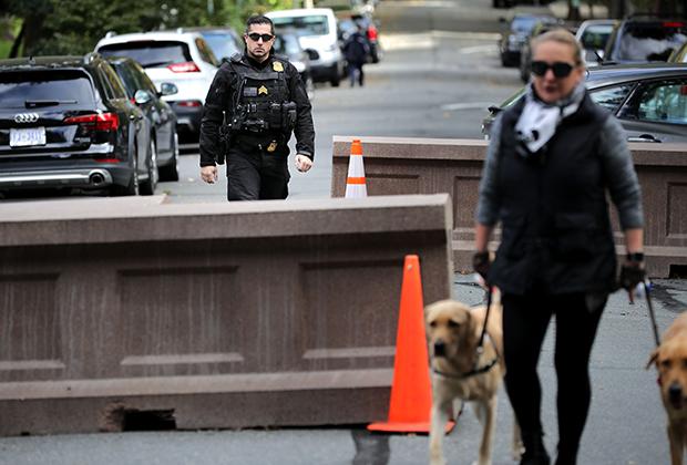 Сотрудники Секретной службы возле дома Барака Обамы