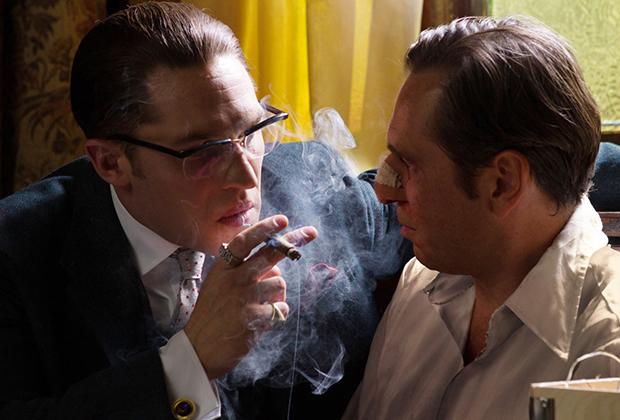 Фильм был тепло встречен зрителями и стал коммерческим успехом, а еще живые друзья Крэев отметили близость фильма к реальности и блестящую работу Харди.