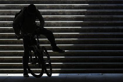 Туркменов заставят закупиться велосипедами у родни президента страны