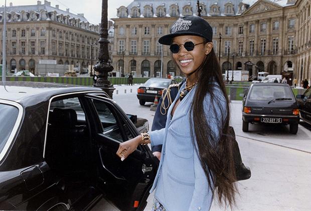 Наоми Кэмпбелл в Париже в 1992 году