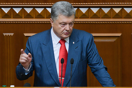 Порошенко свалил вину за подорожание газа на Тимошенко