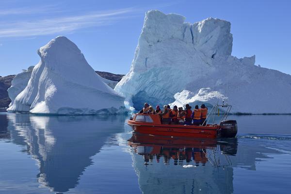 Ростуризм займется развитием туризма в Арктике