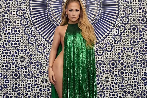 Число Пи Detail: Дженнифер Лопес без белья попала на обложку журнала: Стиль