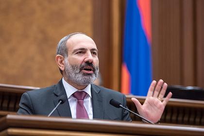 Армянский парламент подчинился Пашиняну и самораспустился