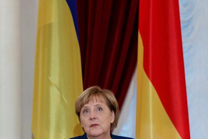 Меркель объяснила разницу подходов Германии и Украины к «Северному потоку-2»