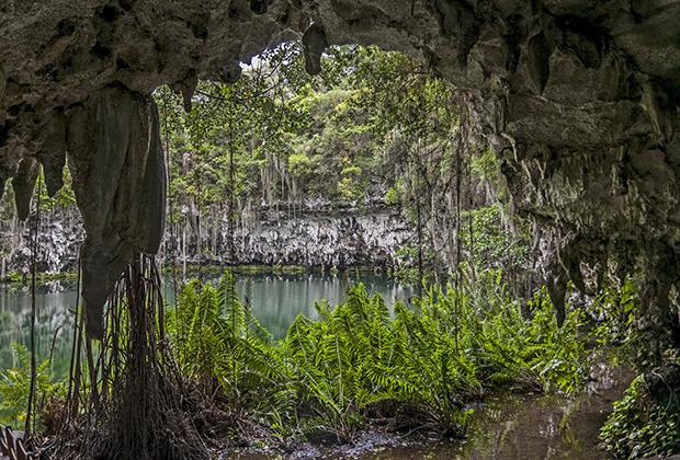 «Пещера Три Глаза» в национальном природном парке Mirador del Este