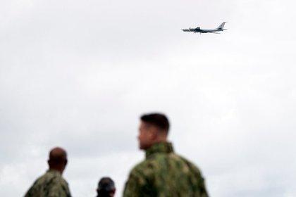 Российская Федерация устроила воздушную провокацию около корабля НАТО вНорвежском море