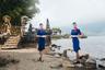 Стюардессы авиакомпании «России» у самой посещаемой достопримечательности Индонезии Храма Пура Улун Дану.