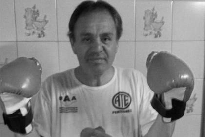 Боксер насмерть объелся круассанов