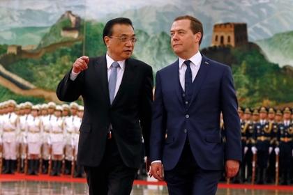 Ли Кэцян и Дмитрий Медведев