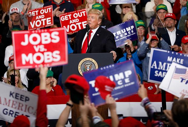 Трамп на одном из предвыборных выступлений в штате Индиана