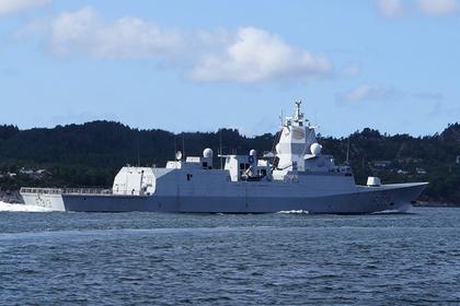 Танкер столкнулся с фрегатом у берегов Норвегии