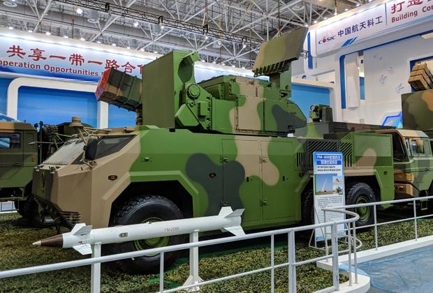 Тактический ракетный комплекс малой дальности FM-2000 напоминает российский «Тор-М2К». Система предназначена для защиты бронетанковых частей и критически важных объектов от воздушных атак, в том числе с использованием высокоточного оружия. Дальность поражения комплекса для целей, находящихся на высотах от 10 метров до 10 километров,— от 1,5 до 15 километров.