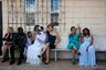По воскресеньям многие гаитяне приходят на службу в церковь Послов Иисуса. Недавно представитель церкви из Мехико прилетел в Тихуану, чтобы провести церемонию массового бракосочетания.