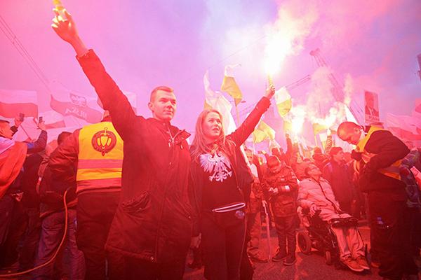 Los nacionalistas polacos podrán celebrar su independencia: Política: Mundo: Lenta.ru