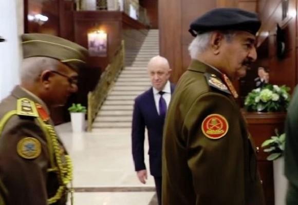 Объяснено участие Пригожина в переговорах маршала Ливии и Шойгу
