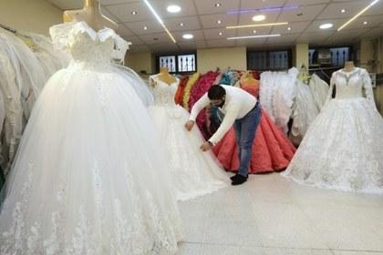 Сирийцы устроили массовую свадьбу