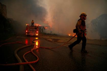 Число погибших пожаров вКалифорнии возросло до48