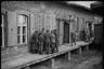 Захваченная немцами Польша стала огромной тюрьмой для пяти миллионов поляков, которые были вынуждены работать, поддерживая военную экономику Германии. Для детей были созданы специальные концлагеря принудительного труда.