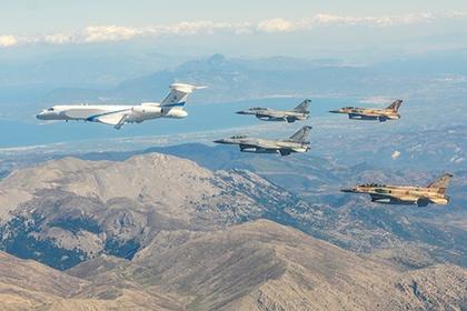 Израиль потренировался на С-300 в Греции