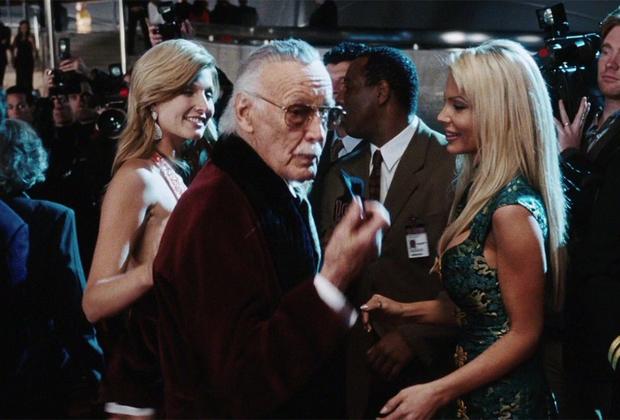 Стэн Ли снялся более чем в сотне фильмов, причем он сыграл эпизодические роли почти во всех лентах Marvel. Если в супергеройской картине на пару секунд появляется старичок в очках, который хлопает главного героя по плечу и бросает ироничную фразу, — это, скорее всего, сам Ли.