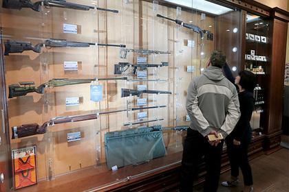 Росгвардия предложила повысить возраст для приобретения оружия